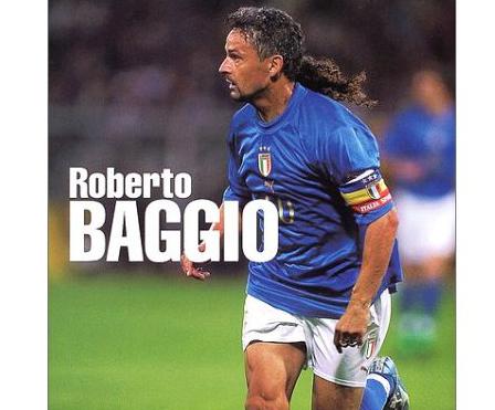 Roberto baggio a lido di camaiore assaltato dai tifosi in - Bagno amore lido di camaiore ...