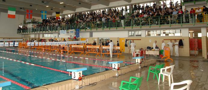 Riapre la segreteria della piscina comunale di massarosa for Piani di progettazione della piscina