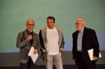 Presentato il libro sui 100 anni del calcio a Viareggio. È in vendita a 10 euro ed è a scopo benefico