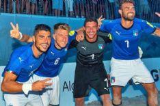 Nella foto Gabriele Gori, Simone Marinai, Andrea Carpita e Dario Ramacciotti: tutti pilastri del Viareggio Beach Soccer e dell'Italia