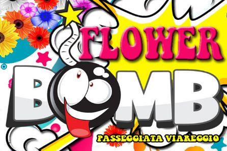 #FLOWER #BOMB: un'esplosione di fiori in Passeggiata a Viareggio