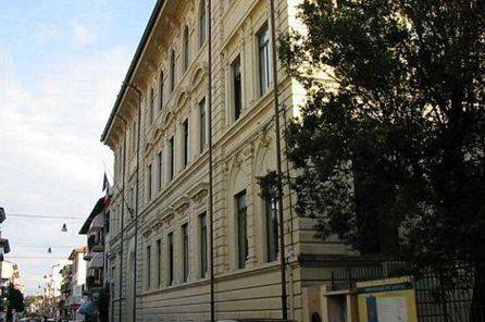 Classi tagliate al Liceo Carducci: l'opposizione impedisce l'invio del documento in regione