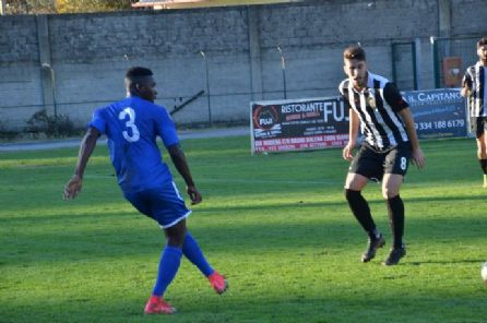 In Eccellenza ennesimo 0-0 del Camaiore mentre in Promozione il Pietrasanta perde e torna ultimo