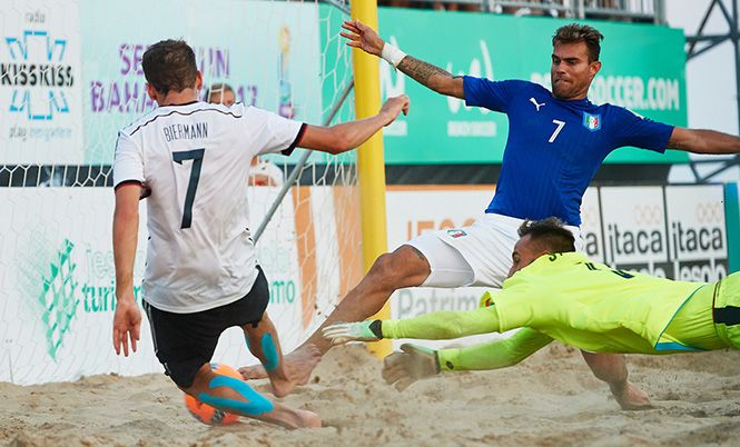 FIFA Beach Soccer World Cup - Europe Qualifier: l'Italia supera la Germania, il mondiale è vicino.